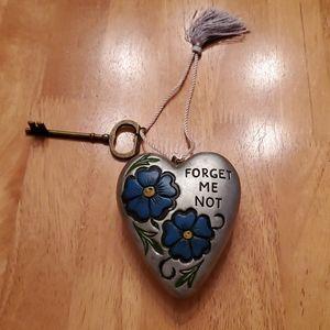 Demdaco Art Heart Forget Me Not